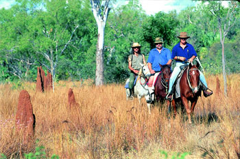 Mataranka Thermal Springs horse riding trail | Credits 2849NTTC