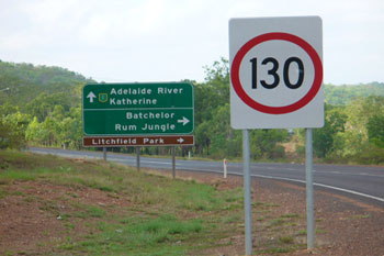 Stuart Highway road sign to Litchfield and Adelaide River | Credits RAB